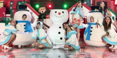 動画アリ!!TWICEがデビュー6年目にして雪だるまに変身?!ステージの振り幅が凄すぎる!!